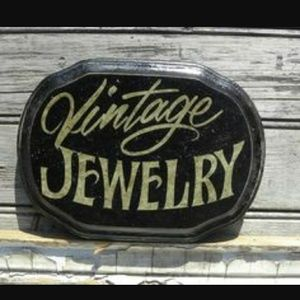 Vintage Jewelry, the real stuff!
